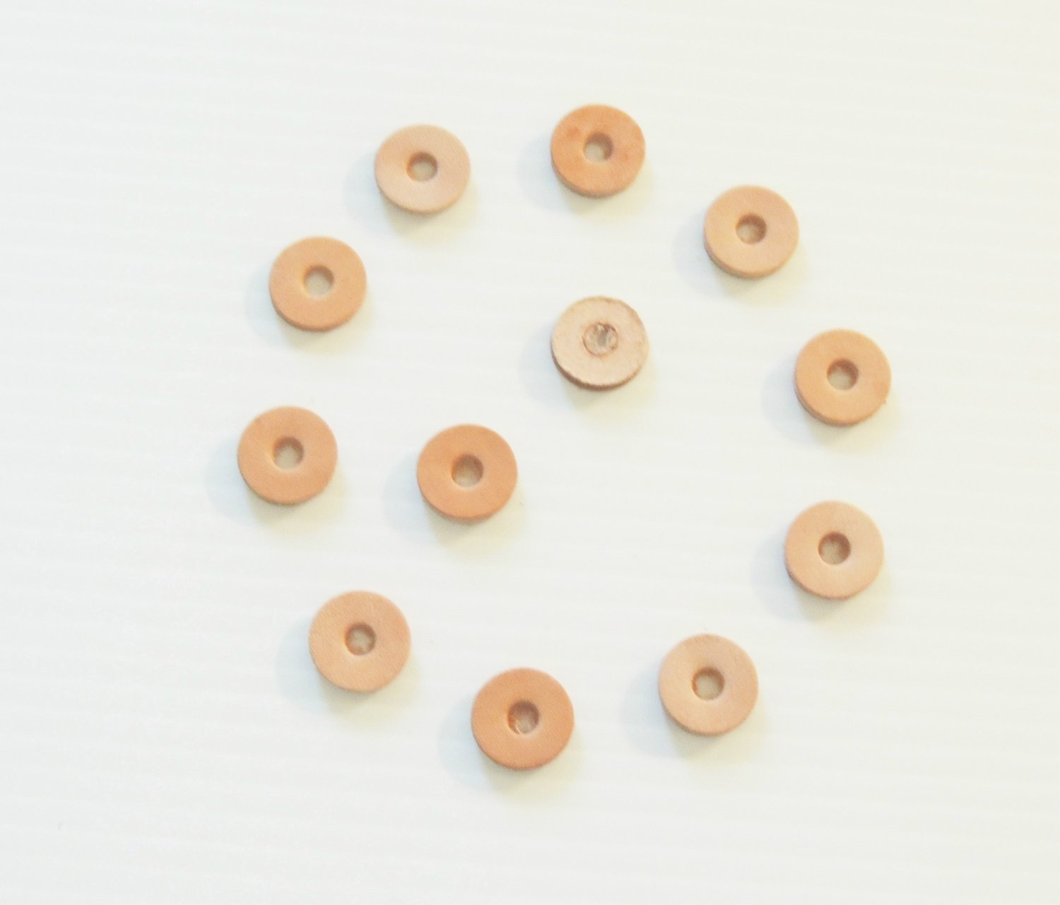 "12 3/4"" VEG TAN LEATHER Washers toy parts parrot craft"