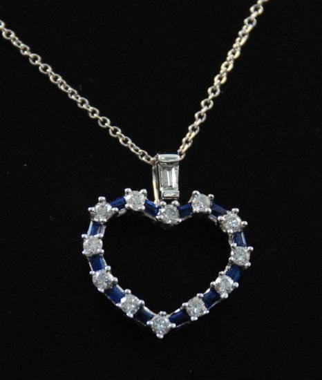 Diamond Blue Sapphire Heart Pendant 18K Necklace