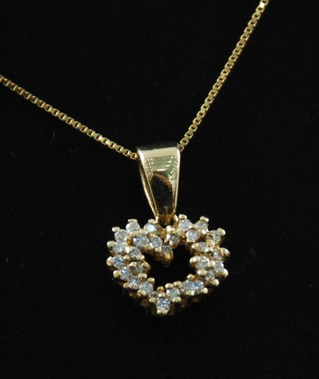 Playful Diamond Heart Pendant 14K Necklace