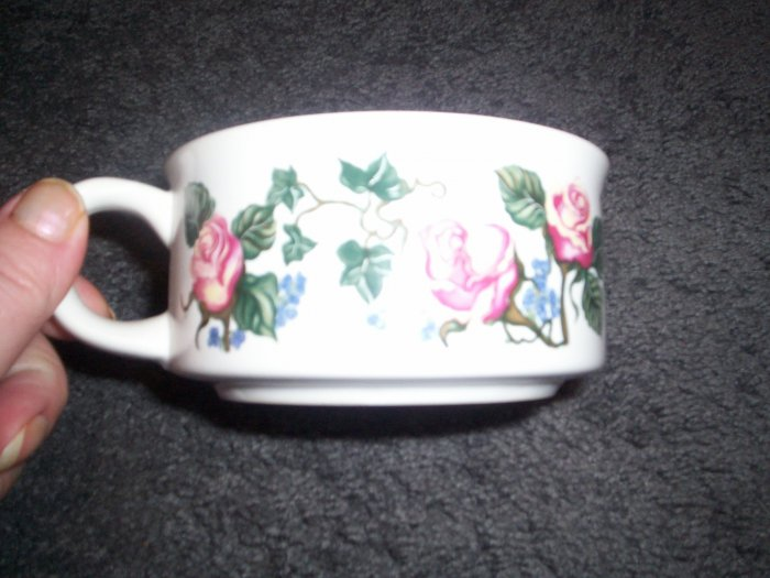 Potpourri Press Soup Mug by Christina