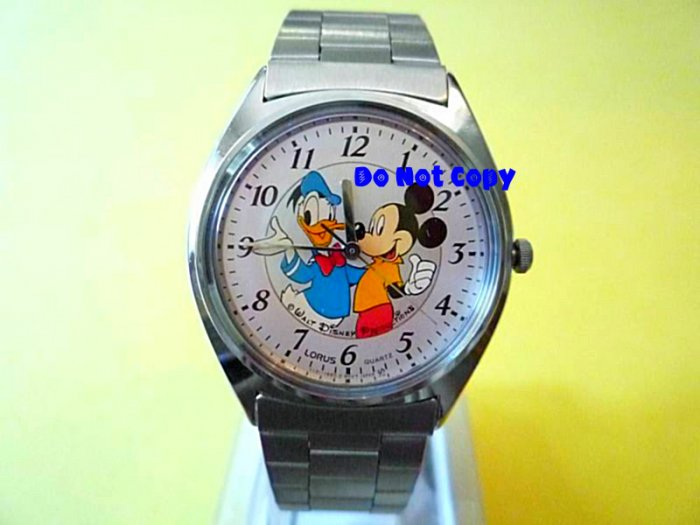 NEW Disney/Lorus Mickey Mouse Donald Duck Watch Vintage