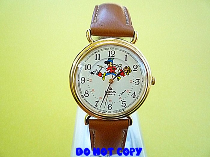 NEW Vintage Disney Mickey Mouse Through The Years Watch