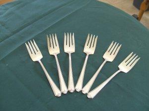 Sterling Silver Flatware International Six dessert/salad forks New Rosalind pattern