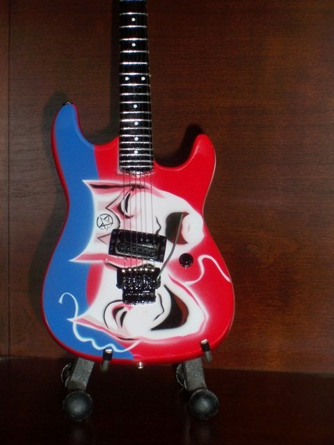Collectible MOTLEY CRUE MICK MARS Memorabilia Mini Guitar THEATER OF PAIN  Gift