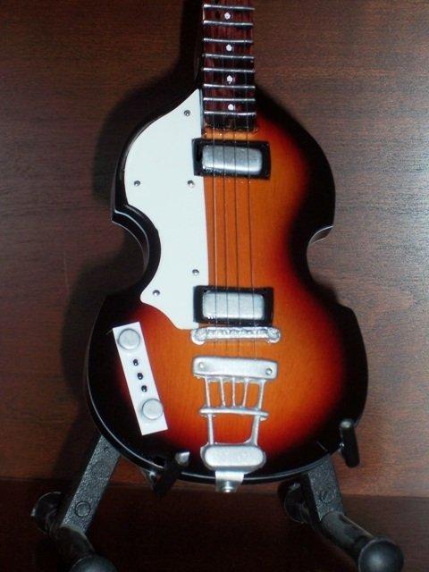 BEATLES PAUL MCCARTNEY Mini Famous Sunburst Bass Memorabilia Collectible Gift