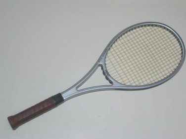 Head Graphite tour Tennis Racquet  4 1/2   (HEG31)