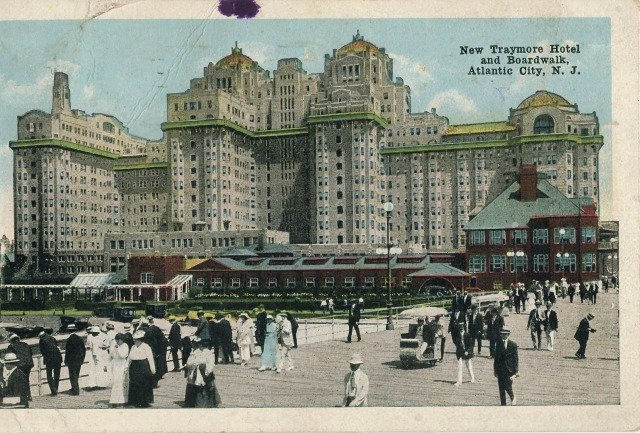 1918 Atlantic City New Jersey Boardwalk and Traymore Hotel
