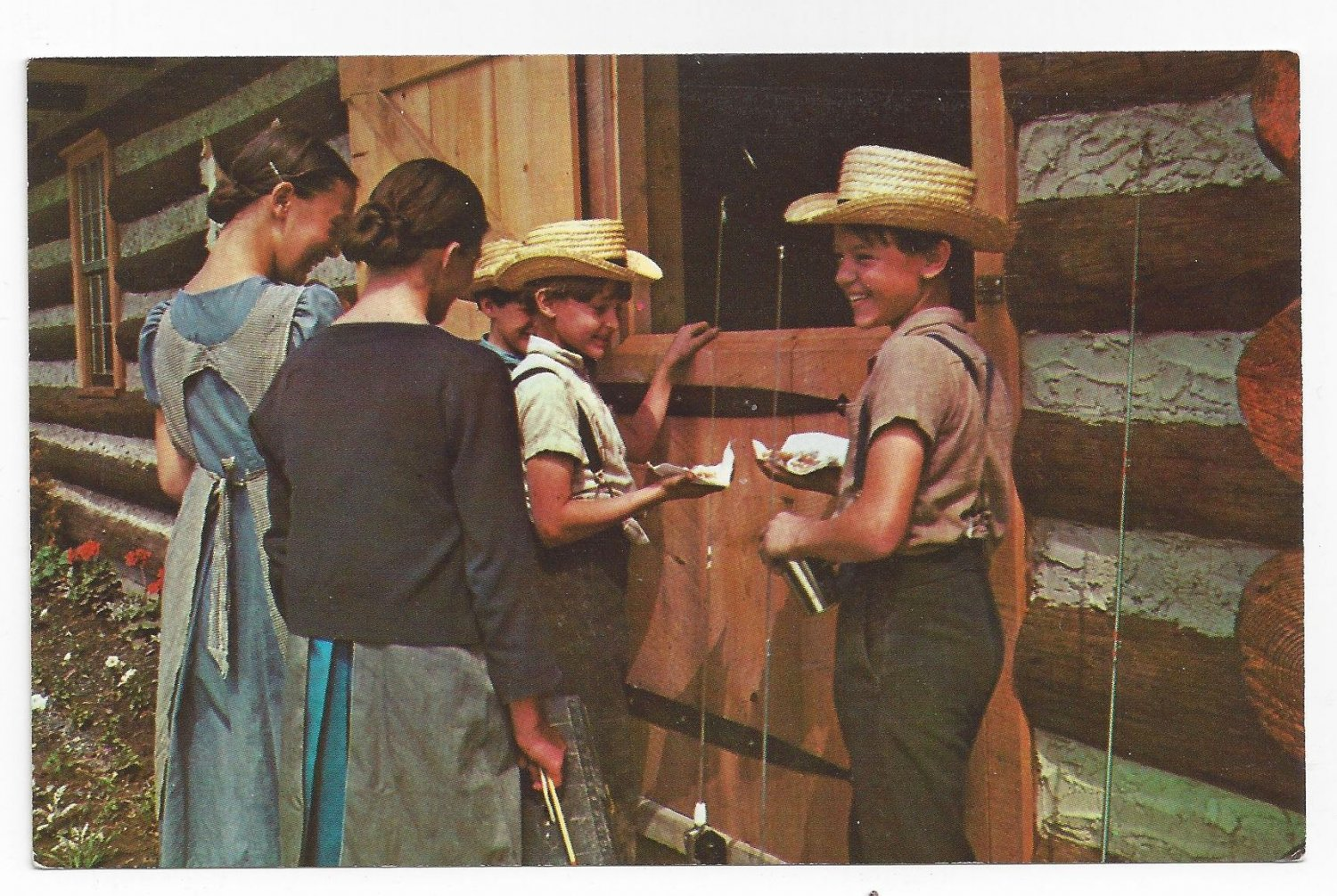 Amish Postcard Mennonite Boys Girls Traditional Clothing Straw Hats Lancaster Co