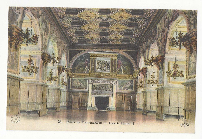 France Palais Fontainebleau Galerie Henri II E. Le Delay Postcard