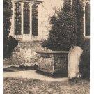 UK Stoke Poges Poet Thomas Grays Tomb Country Churchyard Vintage Postcard England