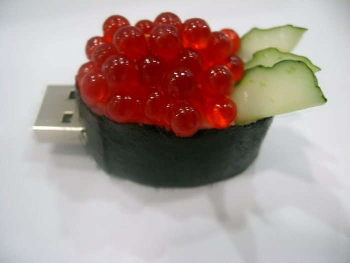 Yummy 2 GB Sushi thumbdrive