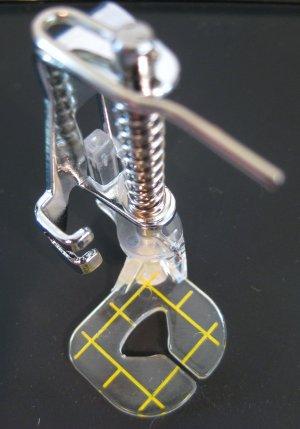 Free Motion Guide Foot Janome New Home 5700, 8000, 9000, 10000, MC5700, MC8000, MC9000 & MC10000.