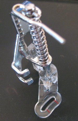 Free Motion Guide Foot Low Shank Janome, Brother, Viking, Pfaff, Singer, Bernette etc.