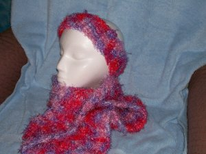 Pink/red Scarf & Muff Set
