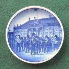 Royal Copenhagen 69 2010 Small Plate VAGTPARADEN DANMARK