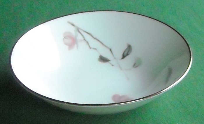 Rosenthal Germany china pattern Japanese Quince 3725 dessert bowl plate