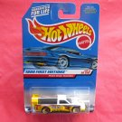 Mattel Hot Wheels 1999 First Editions Pikes Peak Tacoma Collector No 924
