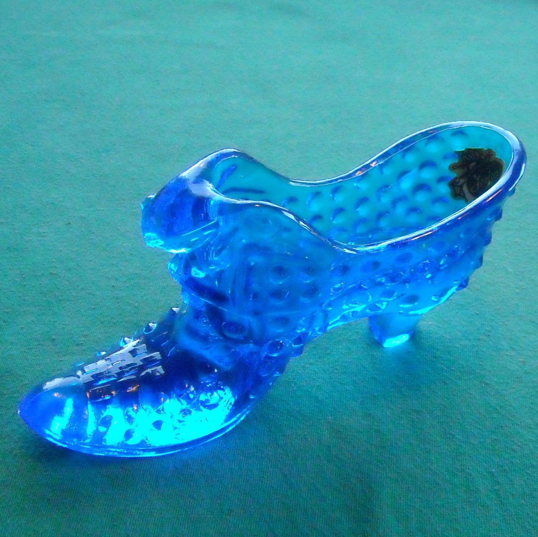 Vintage Fenton Art Glass cat hobnail shoe colonial blue with original label