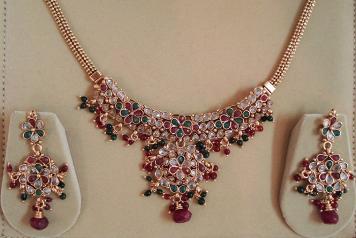 Balika Vadhu Polki Necklace with Earings from India- Free Shipping all Over World - EC05