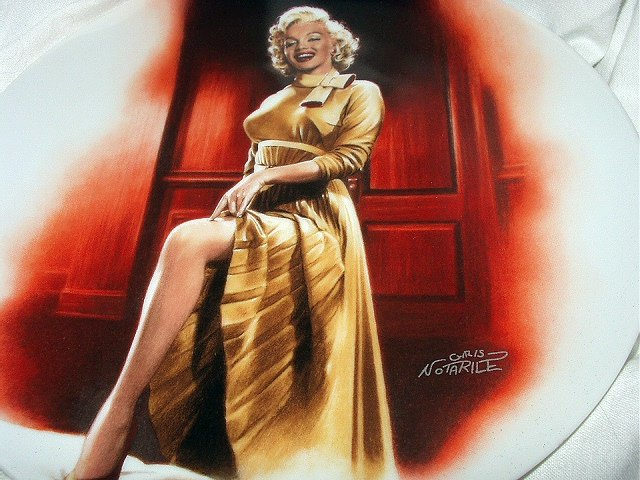 MARILYN MONROE 10th BRADFORD ISSUE PLATE - MONKEY BUSINESS