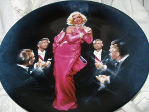 MARILYN MONROE 2ND BRADFORD ISSUE PLATE-1990 DIAMONDS ARE A GIRLS BEST FRIEND