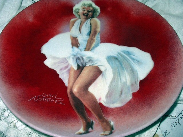 RARE-1st BRADFORD ISSUE-MARILYN MONROE 1989 SEVEN YEAR ITCH