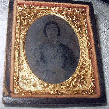 **REDUCED PRICE**RARE TIN TYPE-CIVIL WAR SOUTHERN BELLE LADY