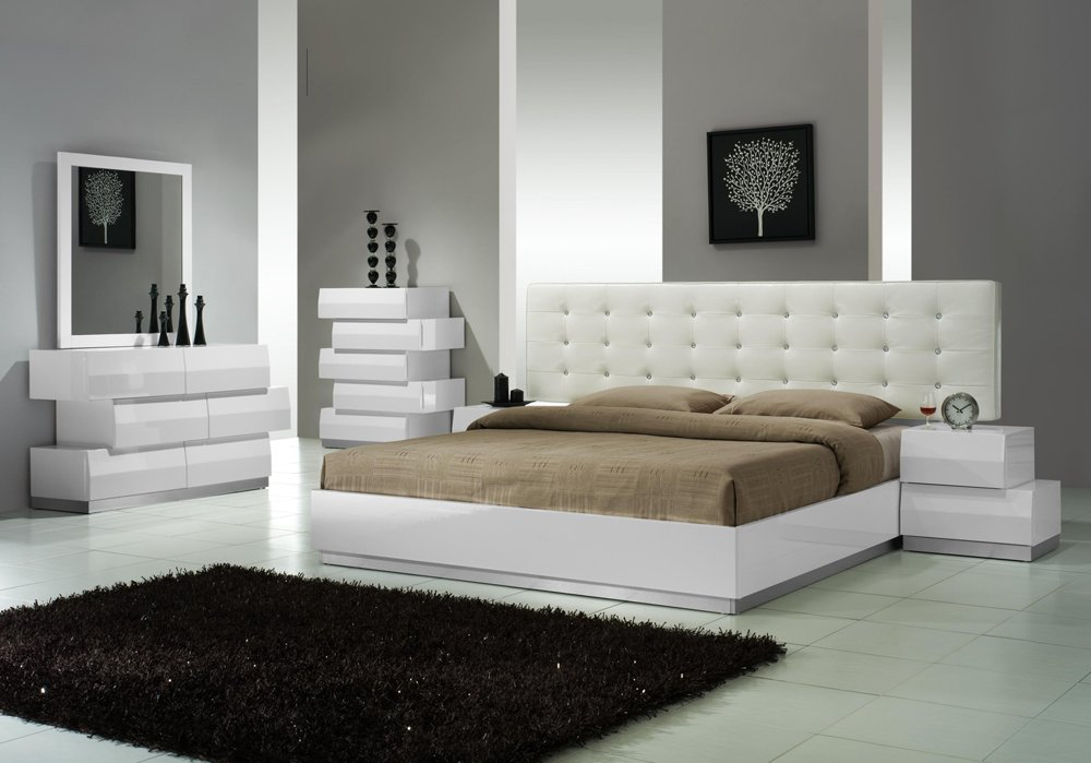 White Modern Style King Bedroom Set with white Leatherette