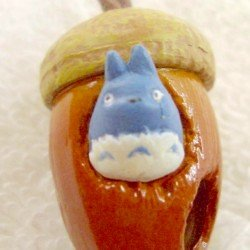 Strap Holder - Rattle - Chu Totoro & Kurosuke in Acorn - Ghibli - 2007 (new)