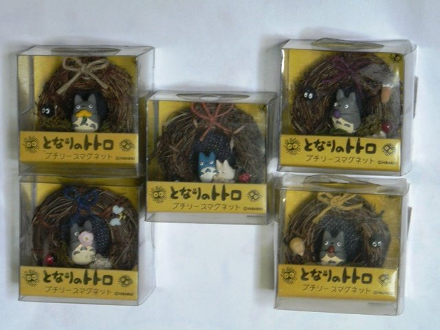Ghibli - Totoro - 5 Magnet Set - Wreath - out of production - VERY RARE - SOLD OUT (new)
