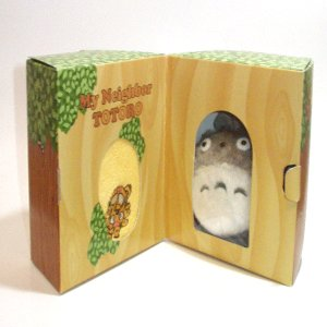 Plush Doll & Mini Towel in Tree - Gift Set - Nekobus Embroidered-yellow- Totoro - Ghibli -2009(new)