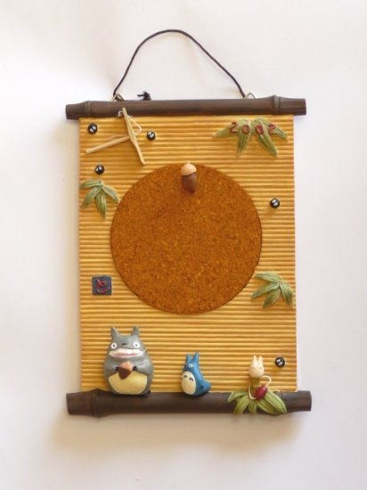 1 left - Cork Board & 1 Thumbtack - Totoro & Chu & Sho & Kurosuke - Ghibli - no production(new)