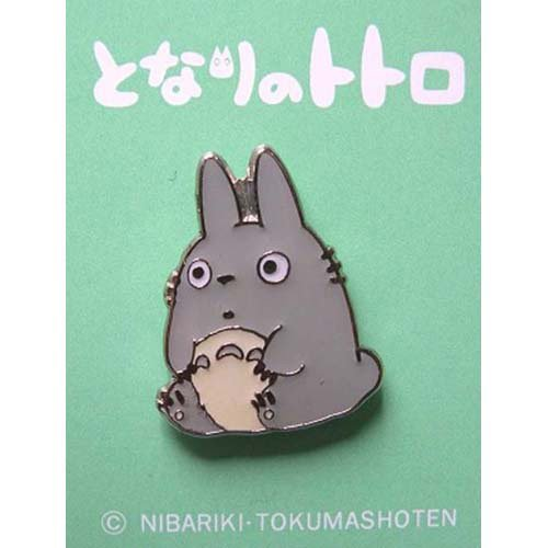 SOLD - Pin Badge - sit - Totoro - Ghibli - no production (new)