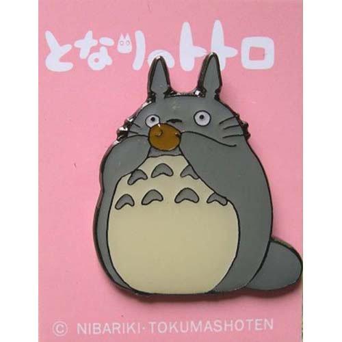SOLD - Pin Badge - Totoro playing Ocarina - Ghibli - no production (new)