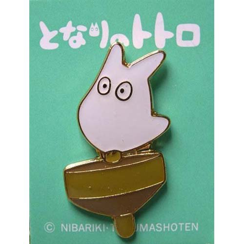 3 left - Pin Badge - Sho Totoro on Top - Totoro - Ghibli - no production (new)