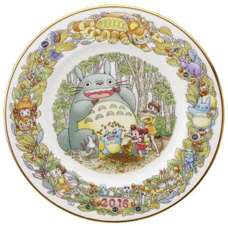 Yearly Plate 2016 - Wooden Stand - Noritake - made Japan - Totoro Mononoke Spirited Away (new)