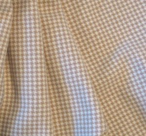 """Dorr Tan Houndstooth"" Textured Wool Fabric, 3"" Strip for Rug Hooking, Penny Rugs, Quilting"