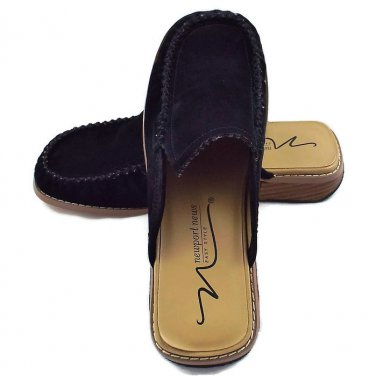 Women's Mule Shoes Size 7M by Newport News Easy Style
