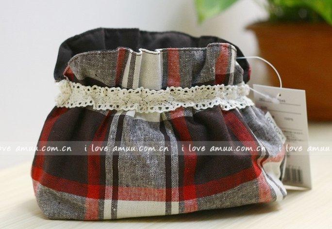 Sweet Zakka Style Preppy Brown Red Cream Checks Plaids Pattern Lace Cotton Pouch Small Bag