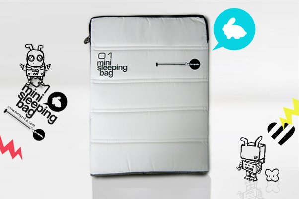 "Furryrobo '01 MINI SLEEPING BAG' LIMITED EDITION AIR BAG (WHITE) (11""-13"")"