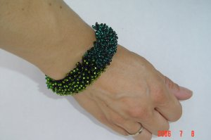 CATAPILLAR BRACELET glass seed beads