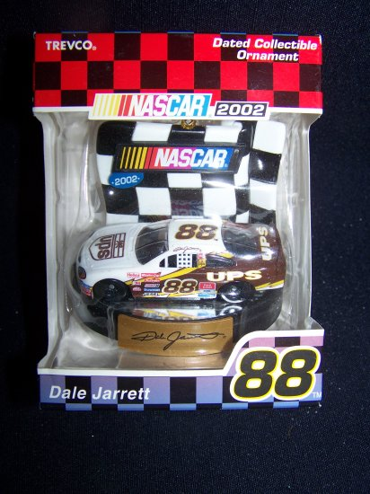 New 2002 Dale Jarrett Nascar UPS Car #88 Christmas Tree Ornament