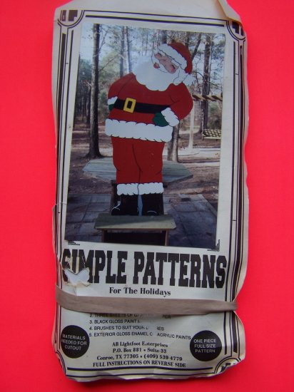 Jolly Ole St Nick Yard Art Christmas Santa Wooden Display Decoration