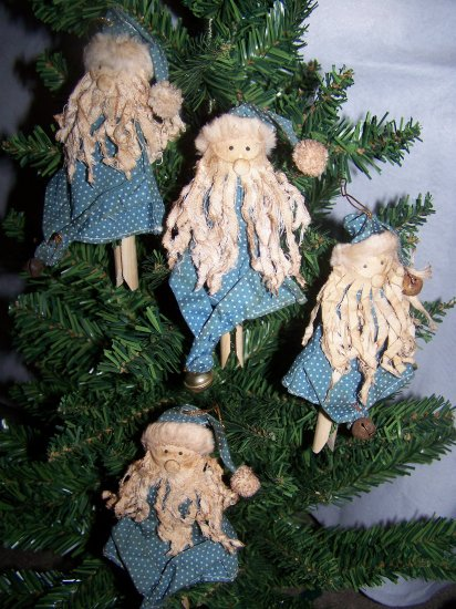 4 Primitive Blue Santa Dolls Christmas Tree Ornaments Country Pin Ornament Penny Shipping