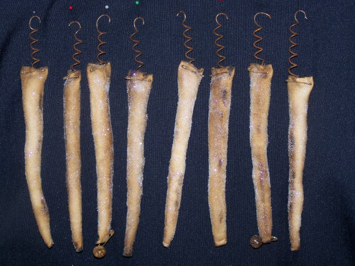 Primitive Grungy Icicle Country Christmas Tree Ornaments Rusty Prim Set 1 Penny Shipping