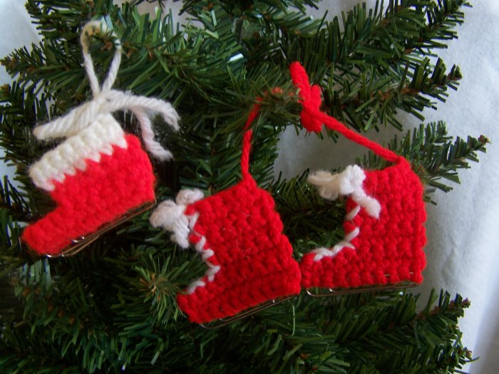 Vintage Crochet Ice Skates Christmas Ornaments Gift Tags 1 Penny Shipping