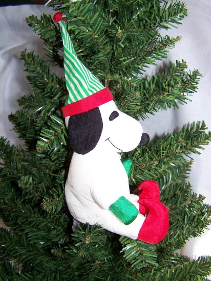 Peanuts Stuffed Snoopy Christmas Elf Dog 1 Penny USA SHip