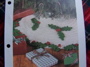 USA 1 Cent S&H Crochet Pattern Vintage Christmas Tree Skirt