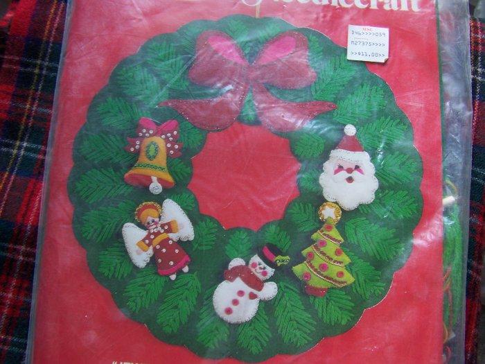 New Vintage Bucilla Jeweled Christmas Needlepoint Felt Wreath Kit 3396 Sequined Beaded
