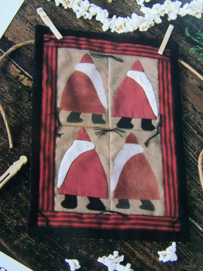 USA 50 Cent S&H  Antique Santa Mini Quilt Pattern Primitive Quilting Wall Door Hanging